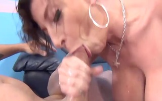 who gave a more excellent blowjob!!!! (1)