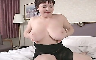 hawt dark brown d like to fuck show us her large