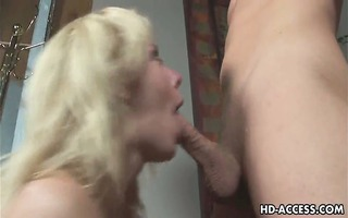 golden-haired pornstar acquires face full of