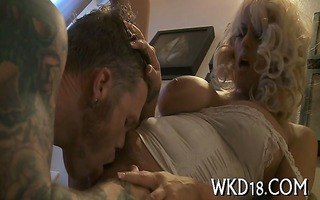 soaked pussy acquires drilled